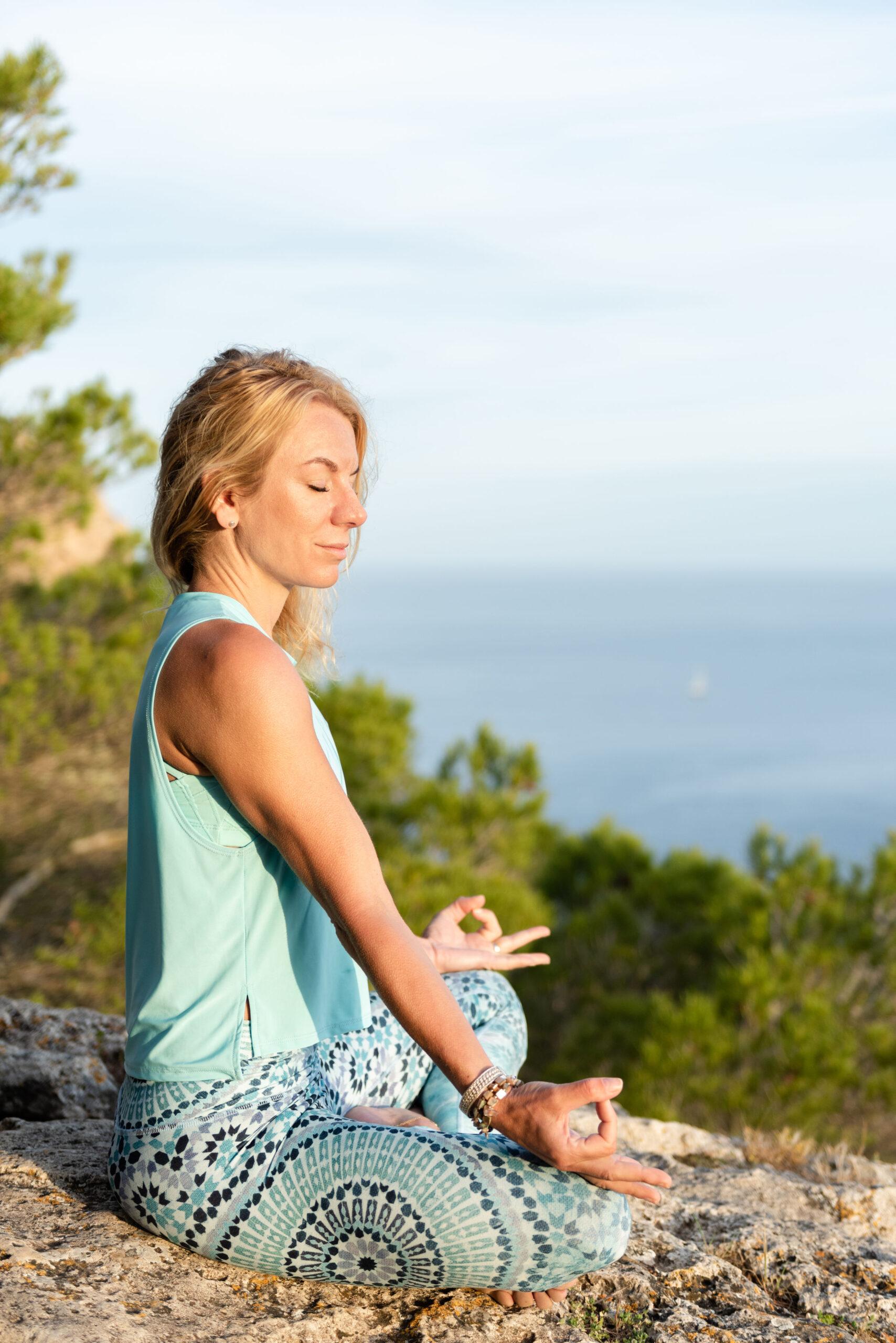 Ibiza: yoga, baaitjes, lekker eten (en oefenen met offline zijn)